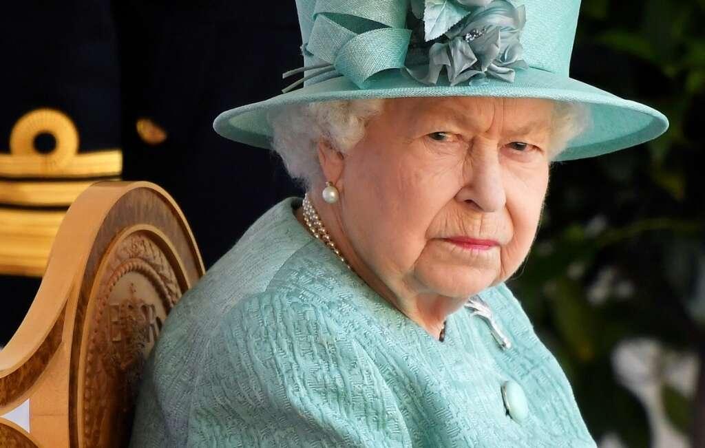 Queen Elizabeth, Australia, letters