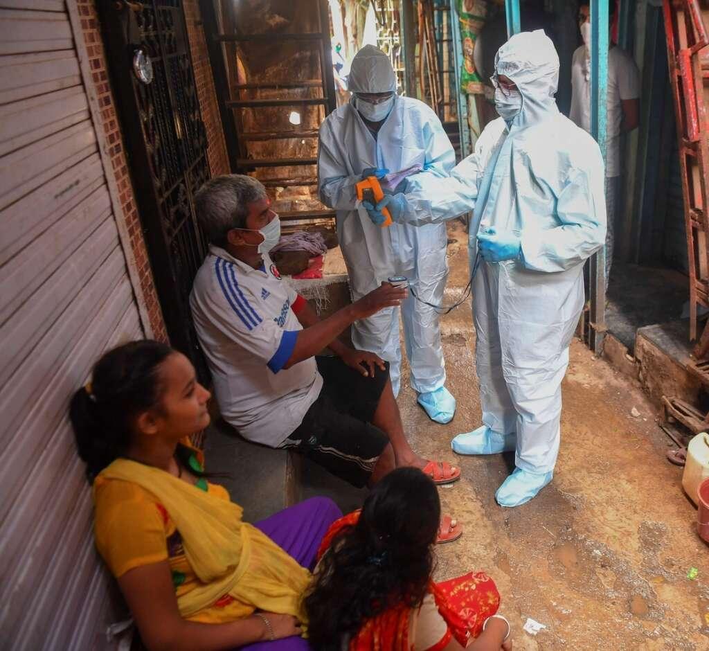 Coronavirus, Mumbai slum, social distancing