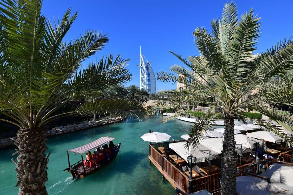 Dubai hotels roll out the red carpet