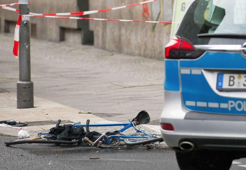 Man thrown 60 metres in UAE car crash