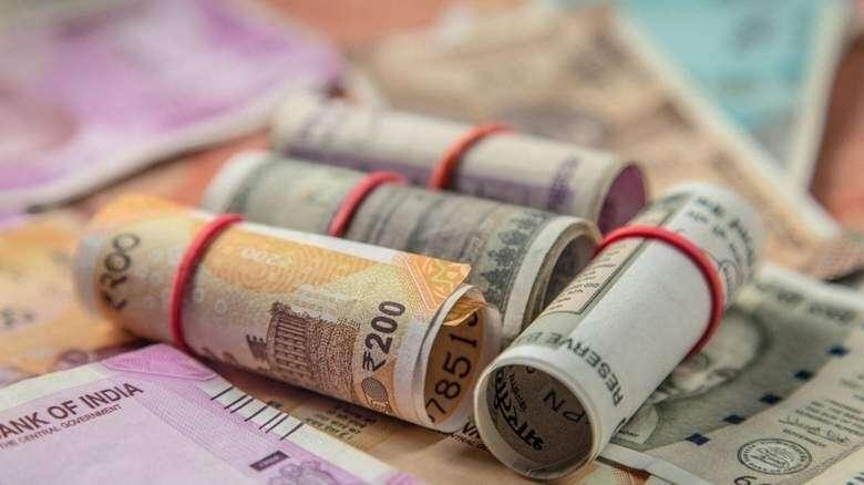 Indian Rupee Could Hit 20 Vs Uae Dirham Again News Khaleej Times