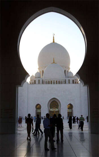 New mosque rules in Abu Dhabi