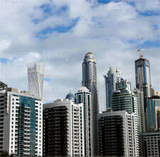 UAE to grow 4.5% in 2014, economy to remain strong