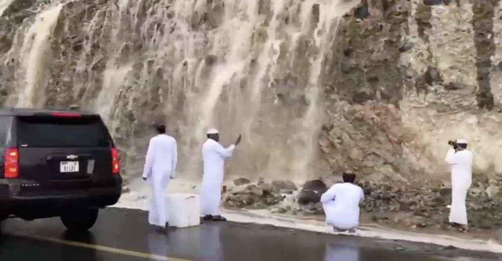 strong winds, heavy rain, parts of uae, sharjah, fujairah, weather, weather update, weather report