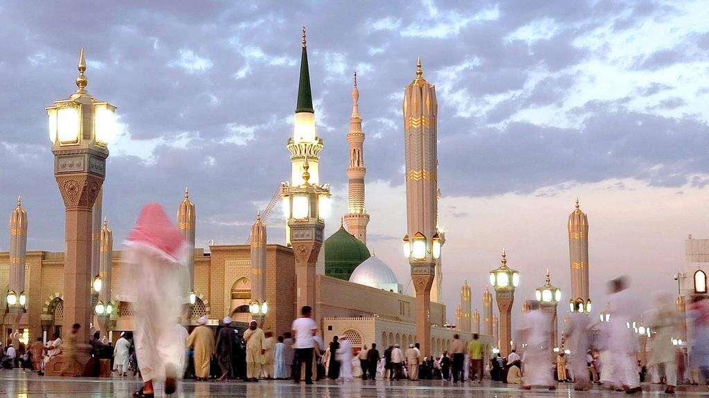 Fajr,Prophet's Mosque, Saudi Arabia, coronavirus