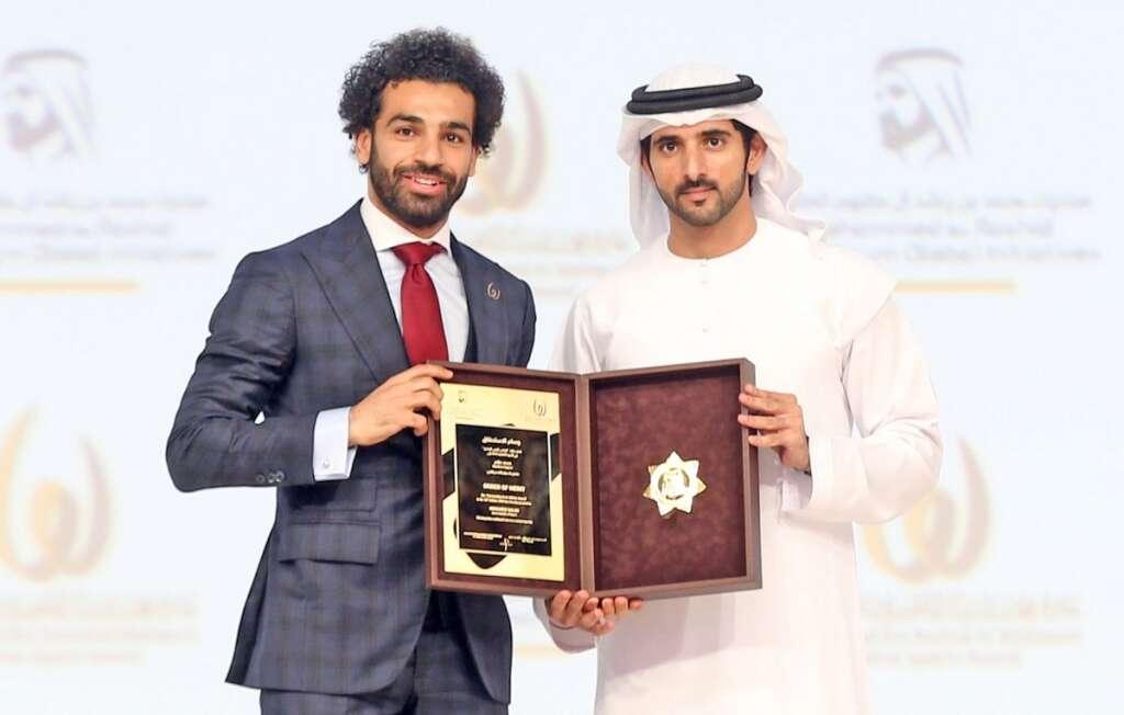 Sheikh Hamdan presents Outstanding Arab Athlete award to Salah