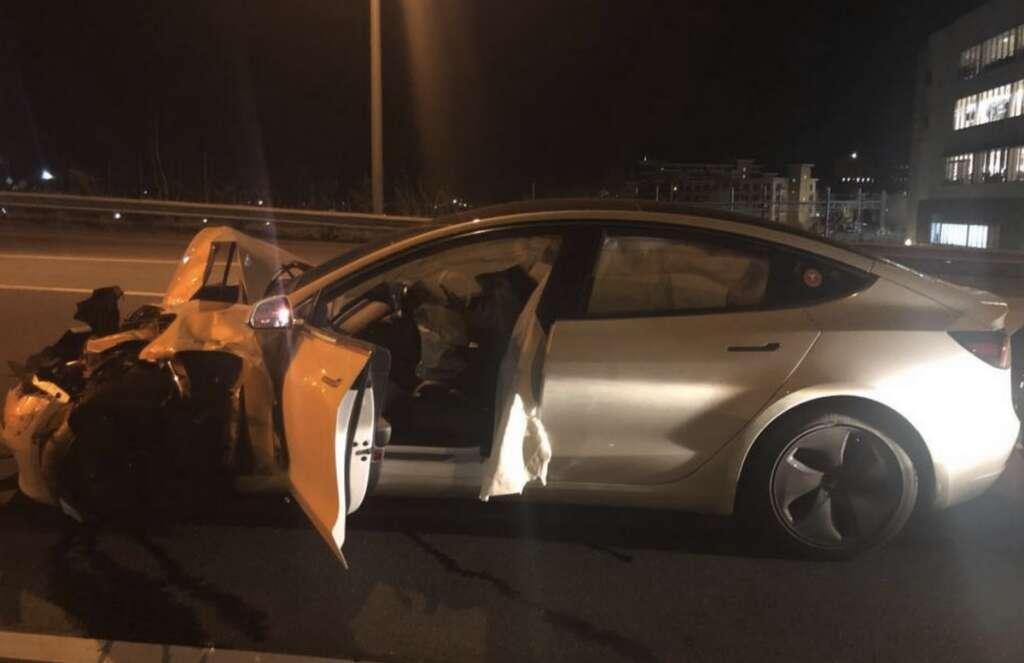 Tesla Model 3, Autopilot, US, accident