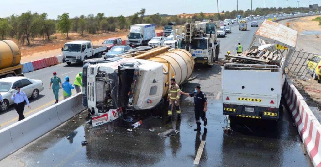 sharjah police, road accident, al zaid road, tyre burst