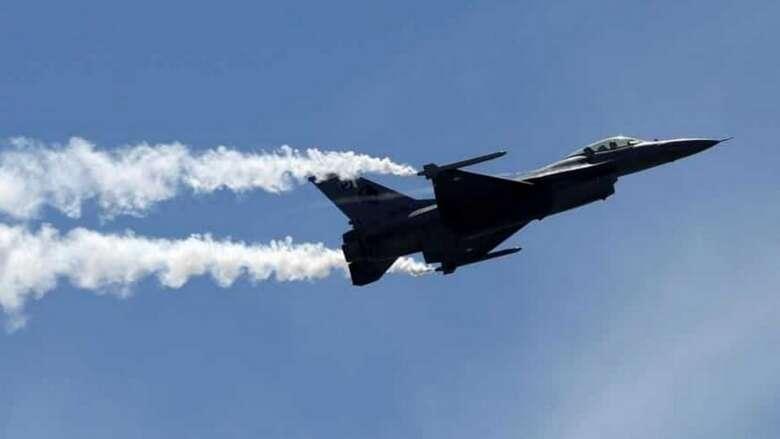 india, fighter jet, bird strike, landing, bird strike, jet