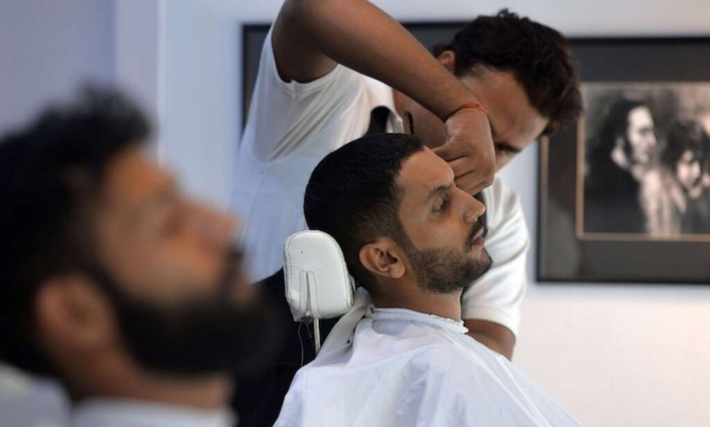 Hairdressers In Pakistan Say No To French And English Beards