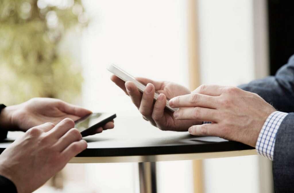 UAE, combats, coronavirus, Download, app, contact, Covid-19 patient