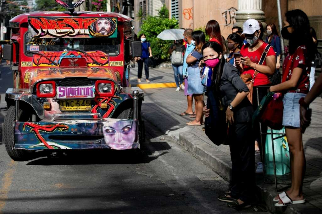 Thousands, jeepneys, king of the road, return, roads, Philippines, easing, lockdown, coronavirus, Covid-19