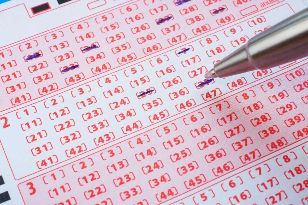 Lotto ticket, winner,  Oz Lotto prize