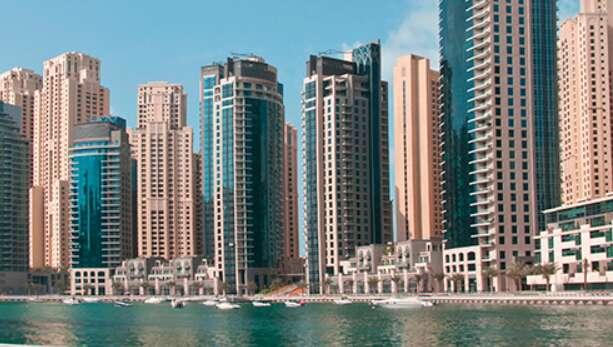 Dubai Marina Promenade, coronavirus, covid-19, Emaar