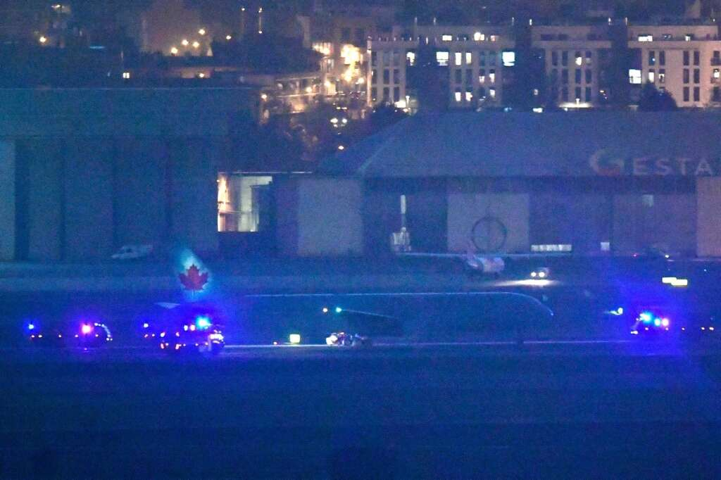Air Canada, flight, lands, Madrid, damaged engine