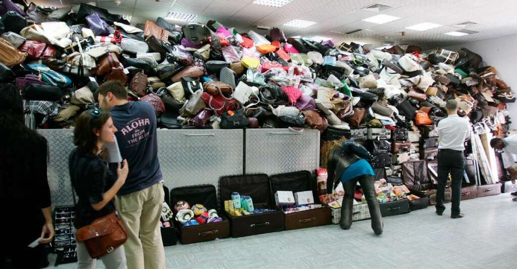 Fake, merchandise, Intellectual Property, show-off, avoid, fakes, buy, non-branded, items, UAE,